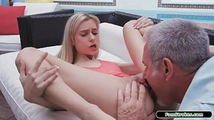 The blonde let a Horny neighbor at the age to lick pussy