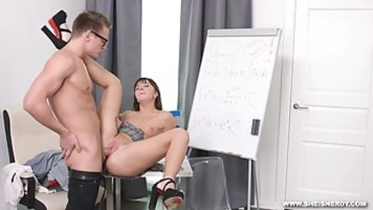 Licked between the legs of her boss to put there strong dick